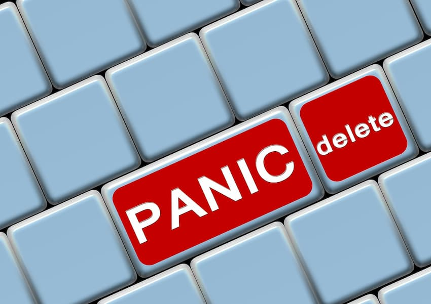 Panic delete buttons on keyboard