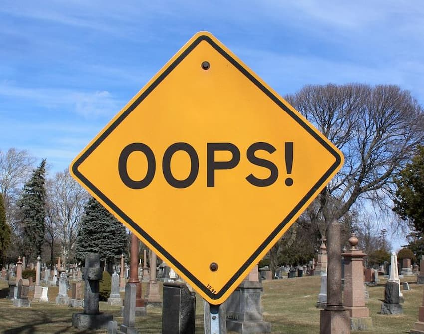 "Photo of an ""Oops!"" sign"